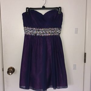 Strapless homecoming/prom dress